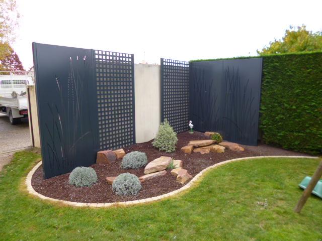emma nature paysagiste la renaudiere installation de portail et cl ture. Black Bedroom Furniture Sets. Home Design Ideas