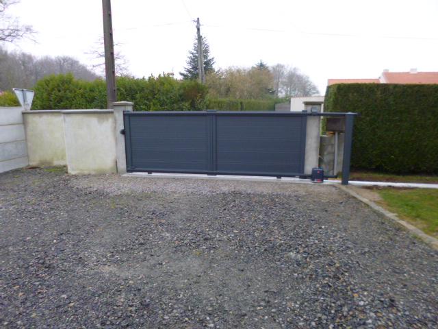 Emma nature paysagiste la renaudiere installation de portail et cl ture - Limite de propriete cloture ...