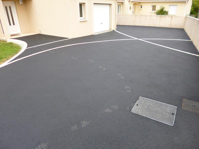Emma nature paysagiste la renaudiere sp cialiste des for Descente de garage en beton desactive